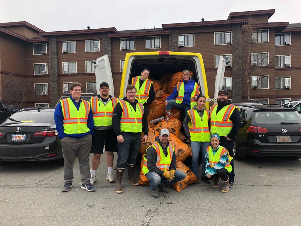 WCP Volunteers to cleanup the Anchorage Trash